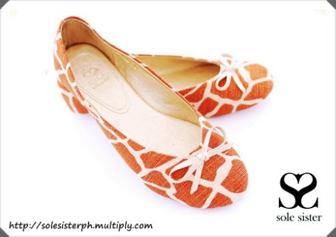 Sole Sister Giraffe Orange Ballet Flats